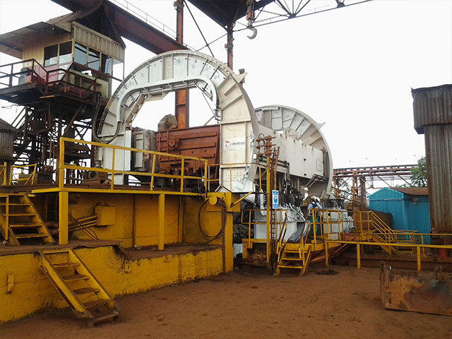 Metso Minerals VV-8000 Rail Car Dumper